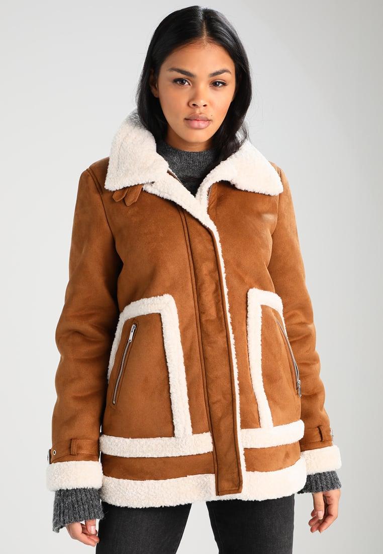 Cognac-kleurige jas van Vero Moda